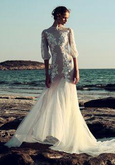 Vestito da sposa con maniche a sbuffo, modello a sirena