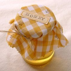 Jar of honey with yellow gingham cloth topper stamped with bees Aesthetic Colors, Aesthetic Photo, Aesthetic Pictures, Aesthetic Yellow, Aesthetic Vintage, Pastel Yellow, Mellow Yellow, Lemon Yellow, Yellow Roses