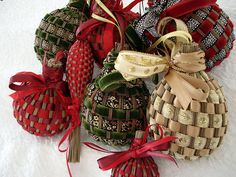 favorite Christmas decorations: handmade balls made with lavendar and ribbons, from Provence         http://www.justhungry.com/christmas-japan-switzerland-elsewhere