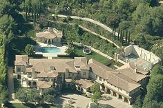 Barry Bonds Lists Beverly Hills Home for $25,000,000