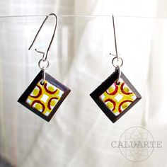 Pendientes de madera pintados a mano de CALUARTE por DaWanda.com