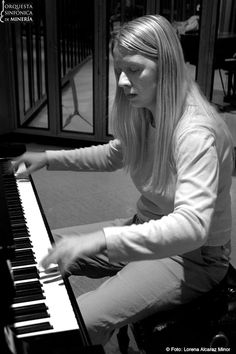 Valentina  Lisitsa  (b. 12/11/1973) is a Ukrainian-American classical pianist. Her playing is incredible.