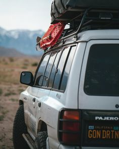 Travel California Mitsubishi montero Pajero overlanding rig off-road roof top tent camping Mitsubishi Pajero, Roof Top Tent, Love To Meet, California Travel, Tent Camping, Vans, Cars And Motorcycles, Offroad, 4x4