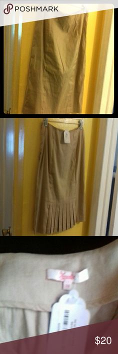 Lovely linen versatile tan skirt Length 22inches Width15thinches .Bought from GILT Morcollet Skirts A-Line or Full
