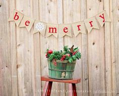 """Handmade Burlap and Felt Christmas """"Be Merry"""" Flag Banner, Bunting, Pennant, Holiday, Red, Photo Prop"""