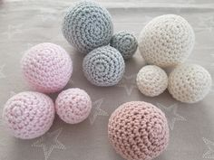 Free tutorial on how to crochet balls or balls in the form of video and text with pictures. Nothing can go wrong. Marie Wallin Knitting pattern Loop from sock wool Crochet Ball, Crochet Toys, Free Crochet, Knit Crochet, Baby Knitting Patterns, Free Knitting, Crochet Patterns, Baby Patterns, Bonnet Crochet