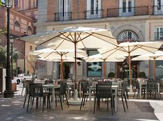 The NH Collection Madrid Palacio de Tepa is located in a century palace in the heart of Las Letras District in Madrid. Madrid Tapas, Nh Hotel, Cityscapes, To Go, Spain, Heart, Outdoor Decor, City, World