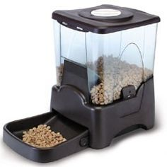 Buy Automatic Pet Feeder by PetPlanet Large Capacity 1065L at Guaranteed Cheapest Prices with Express & Free Delivery available now at PetPlanet.co.uk, the UK's #1 Online Pet Shop.