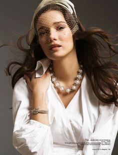 Fast Management photographer PJ Lam shoots a high-jewellery bridal editorial for #Legend Magazine Hong Kong.