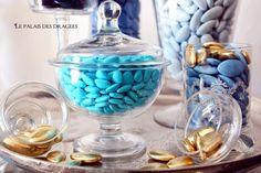 Dragées Médicis bleu jean's http://www.drageeparadise.fr/blog/bleu-tendance-mariage-2014/