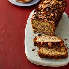Nutty courgette loaf LCHF bread for Banters. Easy Weekday Meals, Banting Recipes, Pecan Nuts, Gluten Free Pasta, Vegetarian Cheese, Lchf, Scones, Bread Recipes, Foodies