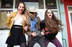 HAIM. THEY ARE THE COOLEST CATS. seriously. like im obsessed with them.