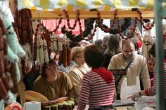 "12 Autumn Food Festivals in Malaga.   Autumn is synonymous in Malaga with chestnuts,""aguardiente"" (brandy), wine and pig slaughter. We hit the road with the team of Spain Food Sherpas to enjoy traditional gastronomic festivals that many villages in Malaga celebrate in autumn."