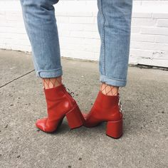 Ideas How To Wear Red Shoes Beautiful Blue Suede Shoes, Red Shoes, Sock Shoes, Red Booties, Booties Outfit, How To Wear Headbands, How To Wear Scarves, Boat Boots, How To Wear Ankle Boots