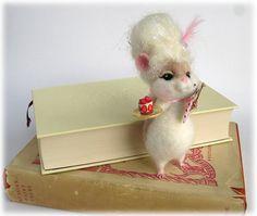 Marie Antoinette Hamster Needle Felted 'Marie by Mythillogical