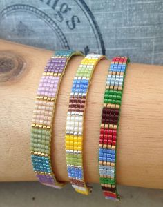 Small square stitch loom bracelets with miyuki delict beads. Small square stitch loom bracelets with miyuki delict beads. Loom Bracelet Patterns, Bead Loom Bracelets, Bead Loom Patterns, Woven Bracelets, Jewelry Patterns, Handmade Bracelets, Beading Patterns, Handmade Jewelry, Jewelry Crafts