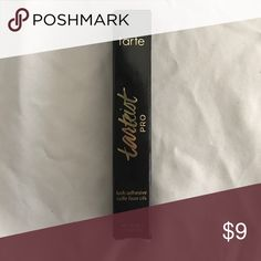 Tasteist Pro Lash Adhesive Black colored lash adhesive from Tarte. tarte Makeup False Eyelashes