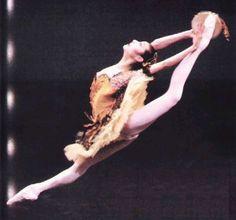 "Sylvie Guillem, as Kitri, in ""Don Quixote"" by ~*FLexiL0lA*"
