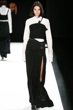 Vera Wang Fall 2016 Ready-to-Wear Fashion Show - Kendall Jenner