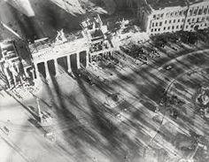 Afbeeldingsresultaat voor august 1958 Aufs tor brandenburger Tor bilder