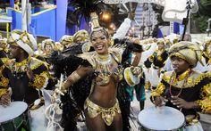 ACADÊMICOS DO CUBANGO - A rainha de bateria da escola, Cris Alves