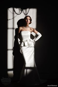 Wedding Accessories - Hair style, makeup, veil, wedding ring, wedding shoes, bouquets, gloves   Wedding Inspirasi
