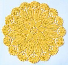 Toalhinhas feitas em crochê ótima opção para decoração da sua casa Vintage Crochet Doily Pattern, Crochet Dollies, Crochet Diy, Crochet Lace Edging, Crochet Home, Thread Crochet, Crochet Flowers, Crochet Patterns, Crochet Bedspread