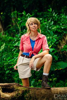 Dr. Ellie Sattler from Jurassic Park Cosplay http://geekxgirls.com/article.php?ID=6556