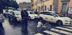 L'Italia non è un Paese per disabili: la protesta solitaria a Roma  http://tuttacronaca.wordpress.com/2014/02/05/litalia-non-e-un-paese-per-disabili-la-protesta-solitaria-a-roma/