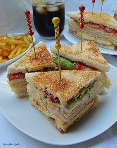 Club Sandwich Receta, Best Sandwich, Keto Recipes, Dessert Recipes, Cooking Recipes, Desserts, Sandwich Original, Ideas Sándwich, Sandwiches