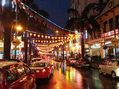Bintang Walk - Kuala Lumpur, Malaysia  http://malaysiatouristspots.com/top-25-things-malaysia/