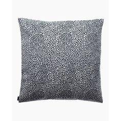 Buy your Pirput Parput cushion cover from Marimekko at Nordic Nest. Marimekko, Dots Design, Pattern Design, Cushion Covers, Pillow Covers, Scandinavian Design Centre, Black And White Cushions, Textiles, Grey Flooring