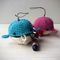 Meet Wilson and Wilma, two cute little whales! They can help you with organize your earbud earphone and other small goodies. Attach them to your bag or keychain and take them anywhere you want.