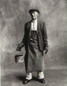 Irving Penn, House Painter, London, 1950 © The Irving Penn Foundation