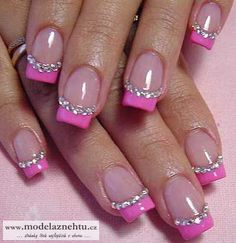 Glittery pink nails - pretty! :) (Way too square tips for me, though!)