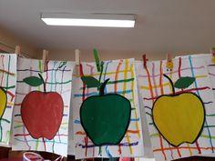 Pomes, Senior Gifts, Apple Theme, Food Crafts, Preschool Art, Art Classroom, Applique Designs, Holidays And Events, Art School