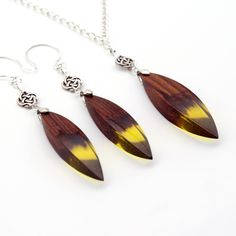 Yellow Resin and Wood Set, Wood Resin Jewelry, Yellow Resin Pendant and Earrings, Gift, Wooden Jewelry by Woodzzo on Etsy