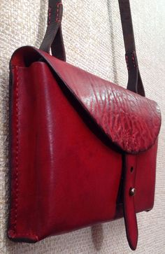 TwoSky new bags leatherworks Leather Briefcase, Leather Pouch, Leather Purses, Leather Handbags, Leather Bags Handmade, Handmade Bags, Leather Bag Design, Sewing Leather, Leather Accessories