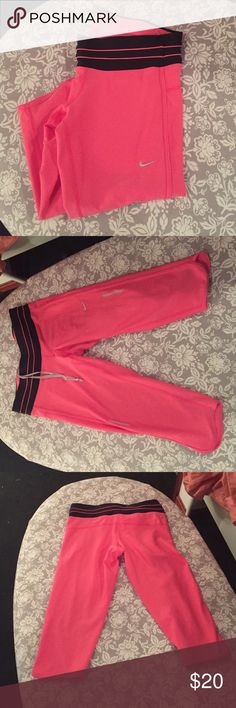 Nike Dri-fit pink running crops 👟 EUC hot pink Nike Dri-fit running crops 👟 Nike Pants Track Pants & Joggers