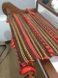 Resultado de imagen para faldas a telar maria Tapestry Weaving, Loom Weaving, Hand Weaving, Textiles, Rag Quilt, Weaving Patterns, Weaving Techniques, Hanging Art, Rug Making