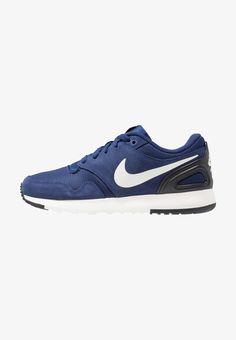 Nike Sportswear AIR VIBENNA - Joggesko - midnight navy/black/sail/volt - Zalando.no Nike Sportswear, Sailing, Sneakers Nike, Navy, Shoes, Black, Fashion, Candle, Nike Tennis