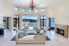 Love those windows gosh I'm dreaming