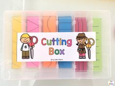 This Montessori inspired Printable Preschool Cutting Busy Box is perfect for toddlers and preschool kids to work on their scissor and fine motor skills. A quiet box for preschoolers works well for 3 and 4 year olds too. You can even do it as a busy bag! 3 Year Old Preschool, 4 Year Old Activities, Cutting Activities, Quiet Time Activities, Preschool At Home, Preschool Learning Activities, Toddler Activities, Preschool Activities, Toddler Games