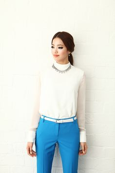Blue and white at the office. A great, elegant and feminine work attire.