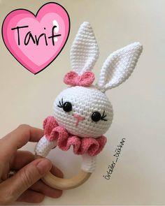 No photo description available. Crochet Baby Toys, Crochet Bunny, Crochet For Kids, Crochet Dolls, Baby Knitting, Crochet Animal Patterns, Amigurumi Patterns, Amigurumi Doll, Handmade Stuffed Animals