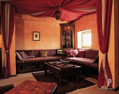 Фото интерьера кальянной квартиры в восточном стиле