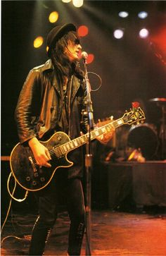 Izzy Stradlin the real guitar hero in gnr