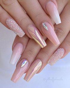 54 Beautiful Mismatched nail art design – neutral nails, nude nails ,nail acrylic ,nails Source by townsendrylee Neutral Nails, Nude Nails, My Nails, Coffin Nails, Neutral Art, Glitter Nails, Pink Chrome Nails, Rose Gold Nails, Best Acrylic Nails