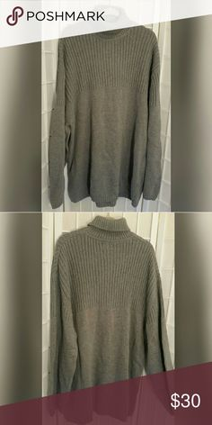 Nwt Men's knit sweater ash heather XXL Nwt Men's knit sweater XXL  Ash heather gray  Excellent condition no flaws   Medium to heavy weight 100% cotton   Measures aprox  Length 31in Chest 25in./50in. around  Sleeve 25.5in Cherokee Sweaters Turtleneck