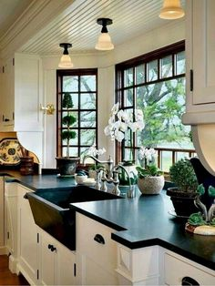 3 Prosperous Cool Tips: Galley Kitchen Remodel Farmhouse kitchen remodel wall colors.Mid Century Kitchen Remodel Before After kitchen remodel layout moldings. Kitchen Design Rustic Country, Rustic Kitchen, Countertop Design, Home Decor Kitchen, Kitchen Layout, Country Kitchen Designs, Rustic Country Kitchens, Kitchen Remodel Cost, Modern Kitchen Design